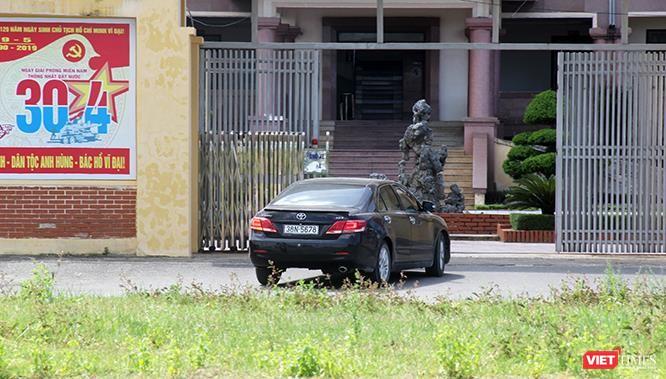"""Hoảng sợ nhìn cách chạy xe """"không giống ai"""" ở huyện Lộc Hà (Hà Tĩnh) ảnh 4"""