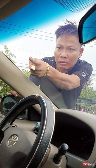 Bắt tạm giam 3 bị can vây chặn xe chở công an ở Đồng Nai ảnh 2