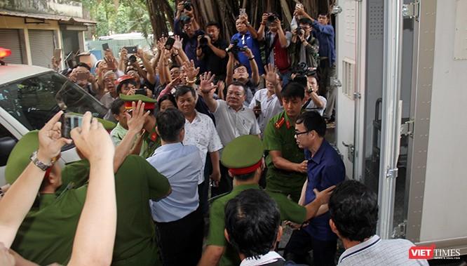 """Cựu Phó Chủ tịch Tp. HCM Nguyễn Hữu Tín: """"Tôi biết tôi đã sai rồi"""" ảnh 4"""