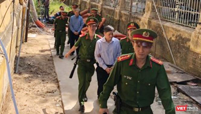 Cựu Phó Chủ tịch Tp. HCM Nguyễn Hữu Tín lĩnh án 7 năm tù ảnh 1