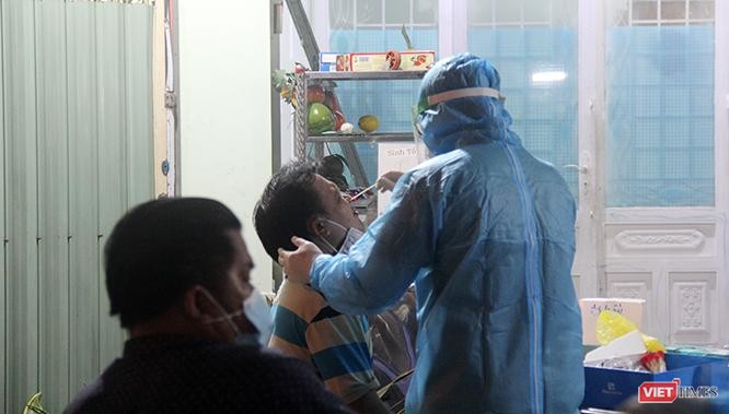 """""""Vẫn khó mở cửa kinh tế với các tiêu chí mới của Bộ Y tế"""" ảnh 3"""