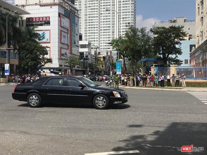 Lễ đón Tổng thống Mỹ Donald Trump đến Đà Nẵng dự Tuần lễ cấp cao APEC ảnh 16