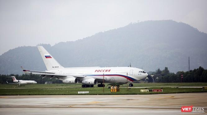 Chuyên cơ chở Tổng thống Nga hạ cánh xuống sân bay Đà Nẵng