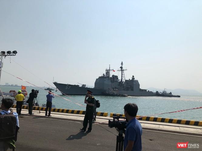 Chiêm ngưỡng tàu sân bay Mỹ USS Carl Vinson đang neo đậu ở Cảng Tiên Sa ảnh 8
