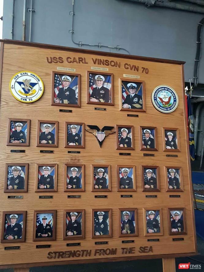 Chiêm ngưỡng tàu sân bay Mỹ USS Carl Vinson đang neo đậu ở Cảng Tiên Sa - ảnh 31
