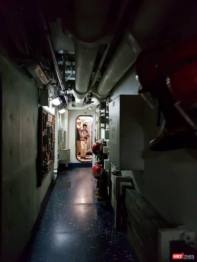 Chiêm ngưỡng tàu sân bay Mỹ USS Carl Vinson đang neo đậu ở Cảng Tiên Sa - ảnh 22