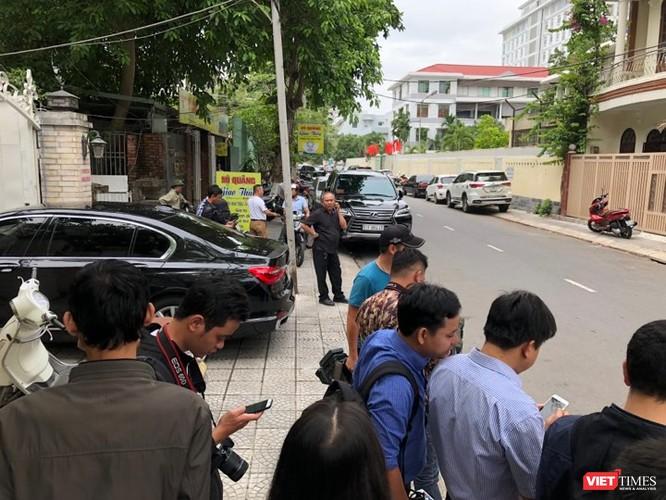 Công an khám xét nhà 2 cựu Chủ tịch TP. Đà Nẵng ảnh 11