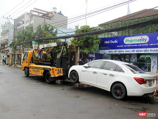 Người Sài Gòn trấn tĩnh sau bão lớn ảnh 14
