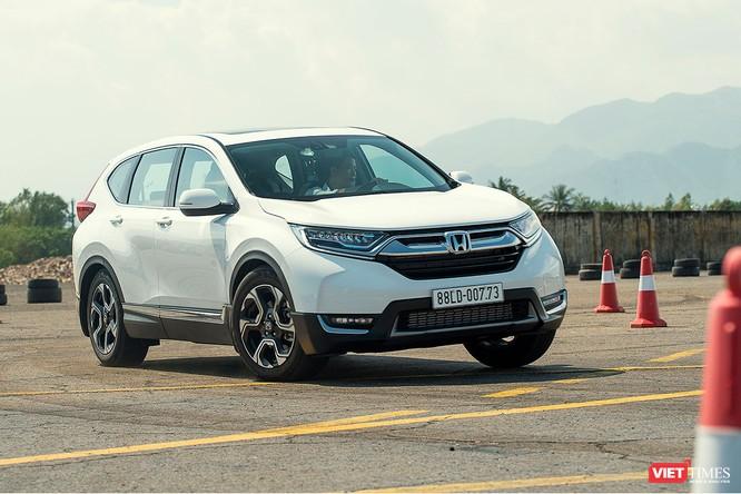 Mẫu CR-V mới bị đội giá cả trăm triệu đồng so với giá mà Honda Việt Nam công bố trước đó