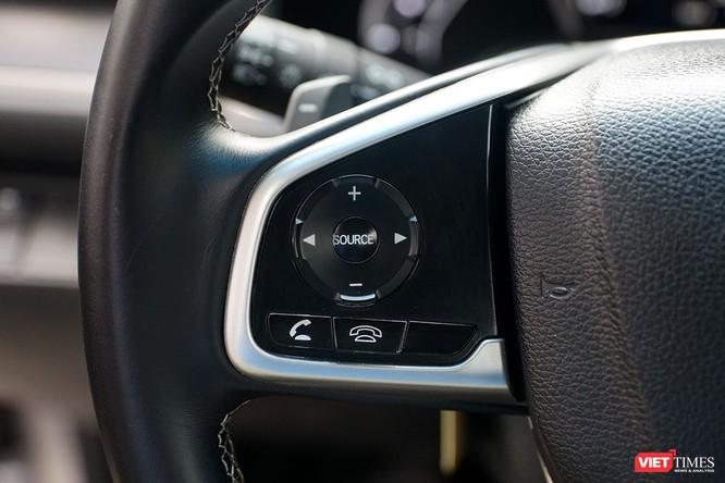 Honda Civic 1.8 E 2018 có xứng với mức giá 758 triệu đồng? ảnh 14