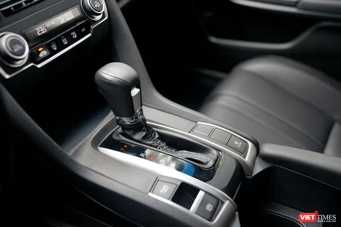 Honda Civic 1.8 E 2018 có xứng với mức giá 758 triệu đồng? ảnh 6
