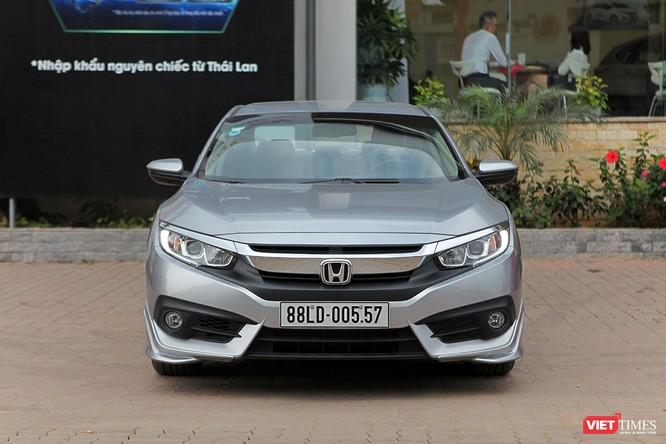 Honda Civic 1.8 E 2018 có xứng với mức giá 758 triệu đồng? ảnh 1