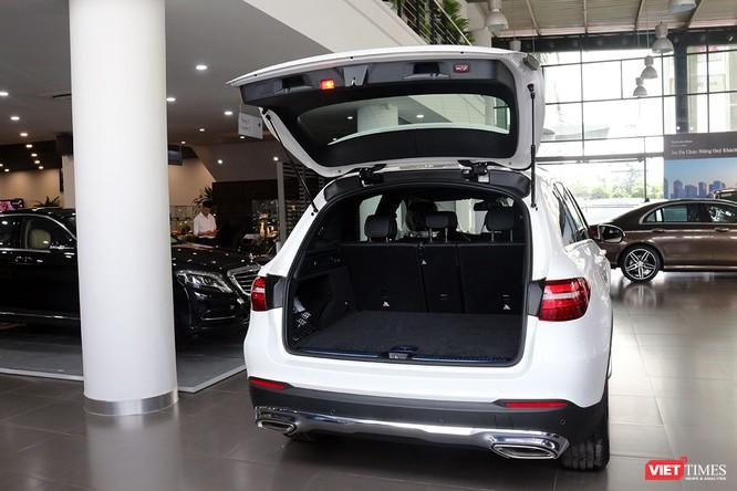 Cận cảnh những chi tiết khác biệt trên phiên bản mới Mercedes-Benz GLC 200 ảnh 7