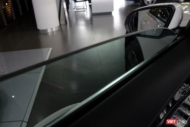 Cận cảnh những chi tiết khác biệt trên phiên bản mới Mercedes-Benz GLC 200 ảnh 4