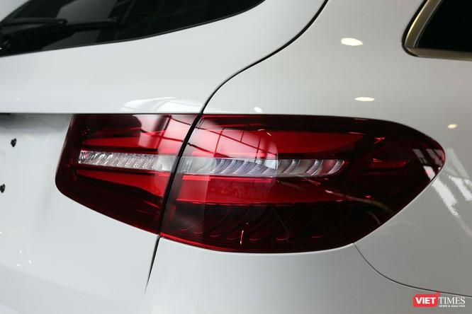 Cận cảnh những chi tiết khác biệt trên phiên bản mới Mercedes-Benz GLC 200 ảnh 5