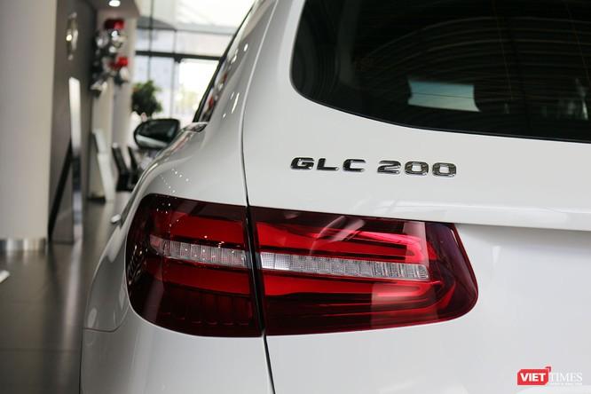 Cận cảnh những chi tiết khác biệt trên phiên bản mới Mercedes-Benz GLC 200 ảnh 6