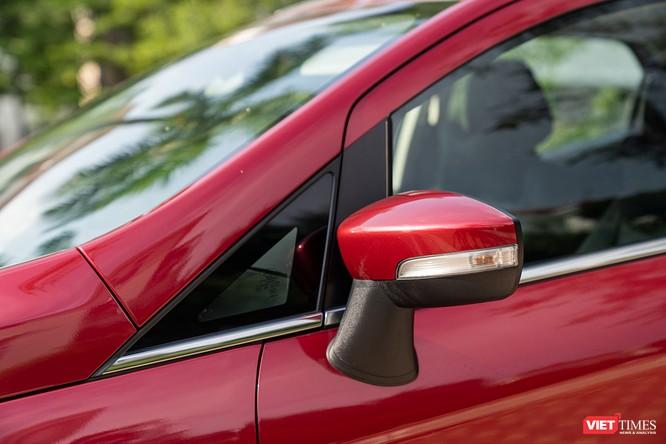 Giữa Ford EcoSport 1.0 AT Titanium và 1.5 AT Titanium, bạn sẽ lựa chọn bản nào? ảnh 15
