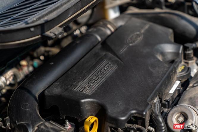 Giữa Ford EcoSport 1.0 AT Titanium và 1.5 AT Titanium, bạn sẽ lựa chọn bản nào? ảnh 23