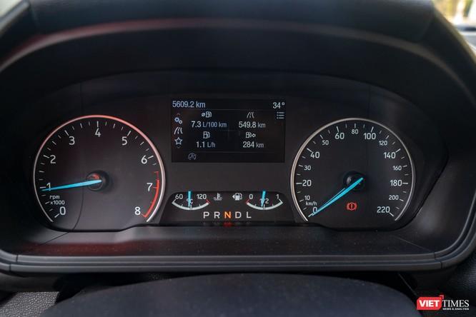 Giữa Ford EcoSport 1.0 AT Titanium và 1.5 AT Titanium, bạn sẽ lựa chọn bản nào? ảnh 27