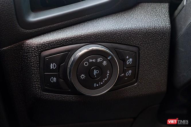 Giữa Ford EcoSport 1.0 AT Titanium và 1.5 AT Titanium, bạn sẽ lựa chọn bản nào? ảnh 30