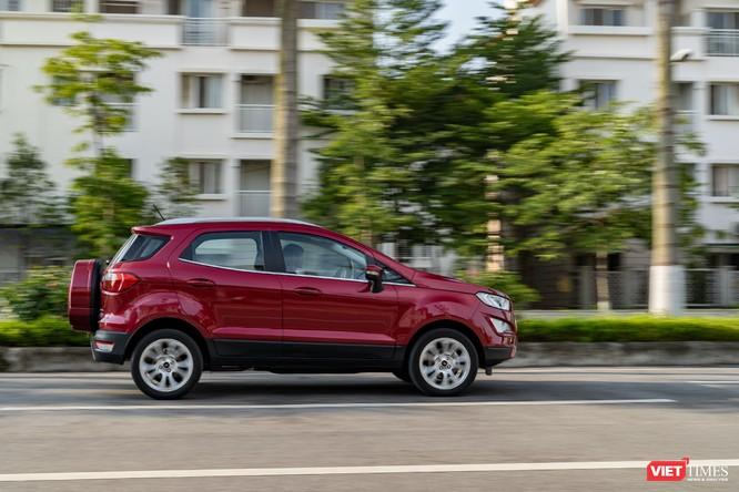 Giữa Ford EcoSport 1.0 AT Titanium và 1.5 AT Titanium, bạn sẽ lựa chọn bản nào? ảnh 10