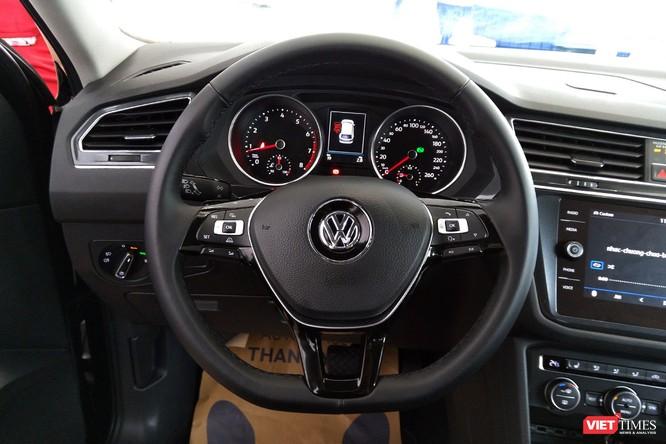 Cận cảnh Volkswagen Tiguan Allspace 2018 vừa xuất hiện tại Hà Nội ảnh 12