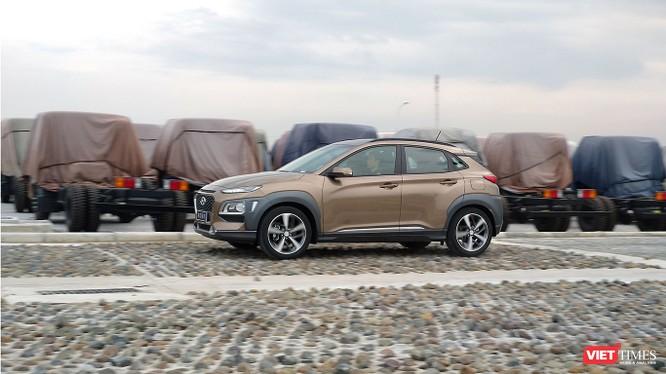 Với giá 615 triệu đồng, Hyundai Kona có làm nên cú hích ở phân khúc SUV cỡ nhỏ? ảnh 3