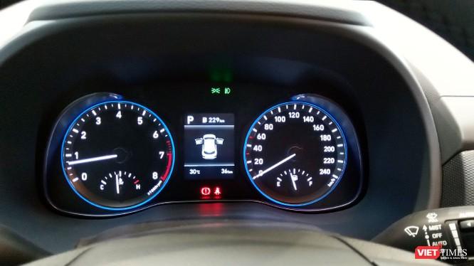 Với giá 615 triệu đồng, Hyundai Kona có làm nên cú hích ở phân khúc SUV cỡ nhỏ? ảnh 10