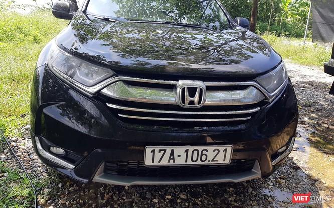Hết gỉ sét, Honda CR-V 2018 lại thêm tật mờ đèn pha ảnh 2