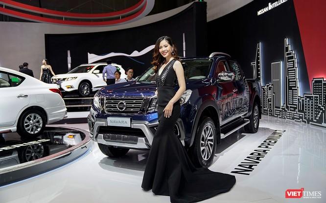 Nissan Việt Nam giữ chân khách tham quan bằng những mẫu xe gì? ảnh 3