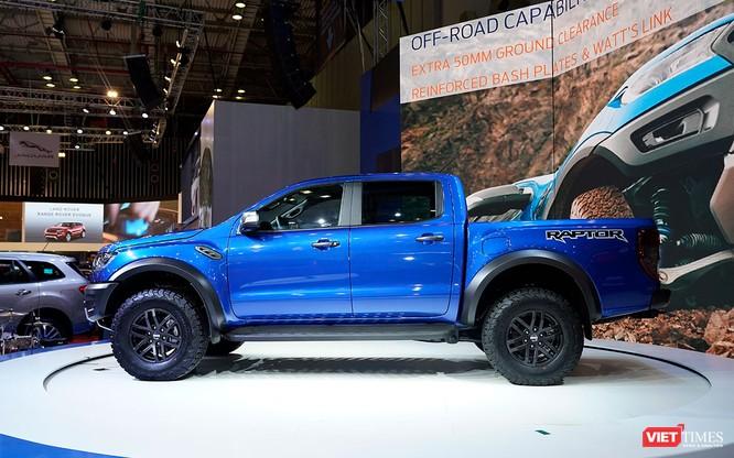 Ford Ranger Raptor có giá 1,198 tỷ đồng, tháng 11/2018 bắt đầu giao xe cho khách ảnh 2