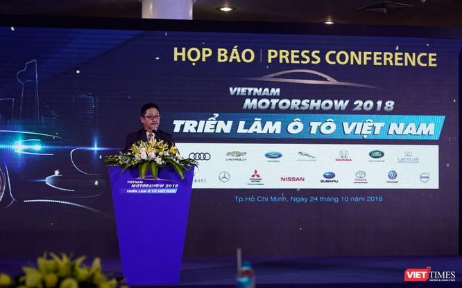 Khai màn triển lãm ô tô Việt Nam 2018: Sàn diễn của các mẫu xe nhập khẩu ảnh 2