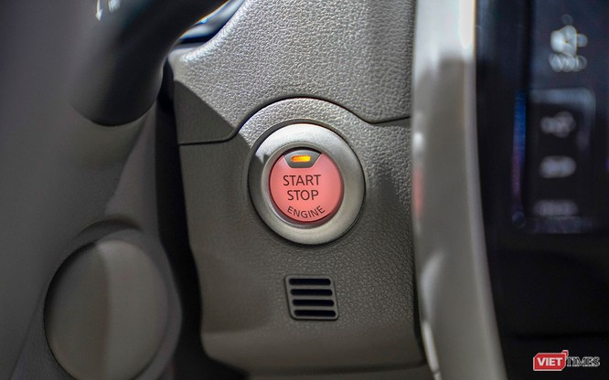 Thêm tiện ích, Nissan Sunny Q-Series có ghi điểm với người dùng? ảnh 4