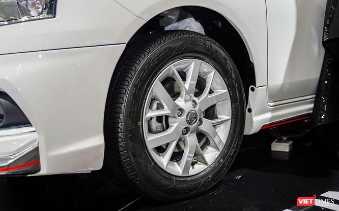 Thêm tiện ích, Nissan Sunny Q-Series có ghi điểm với người dùng? ảnh 15