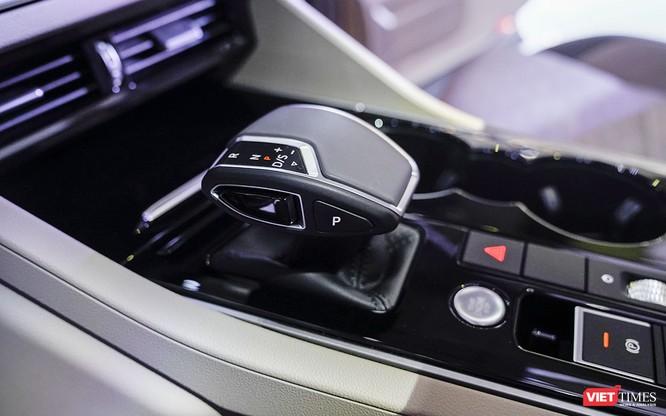 """VW Touareg 2019: Sứ mệnh rũ bỏ mác """"xe bình dân"""" ảnh 14"""