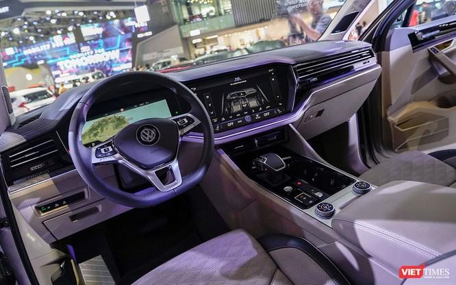 """VW Touareg 2019: Sứ mệnh rũ bỏ mác """"xe bình dân"""" ảnh 4"""
