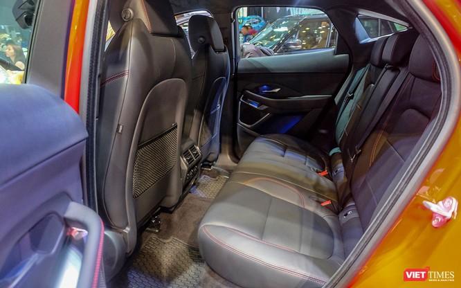 Jaguar E-PACE chính thức trình làng thị trường Việt, giá từ 2,959 tỷ đồng ảnh 11