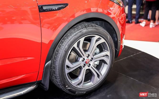 Jaguar E-PACE chính thức trình làng thị trường Việt, giá từ 2,959 tỷ đồng ảnh 9