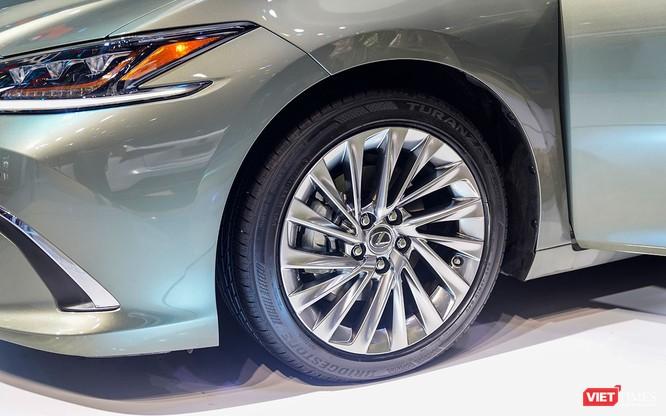 Lexus ES300h 2019 chọn VMS 2018 để ra mắt, rất nhiều thứ mới, đáng quan tâm ảnh 12