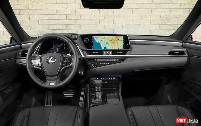 Lexus ES300h 2019 chọn VMS 2018 để ra mắt, rất nhiều thứ mới, đáng quan tâm ảnh 3