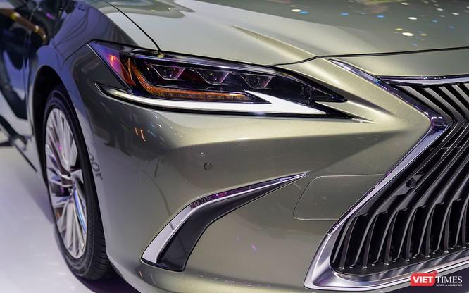 Lexus ES300h 2019 chọn VMS 2018 để ra mắt, rất nhiều thứ mới, đáng quan tâm ảnh 10