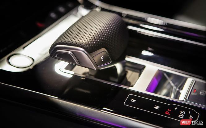 Đầu năm 2019, Audi Q8 mới được bán ra thị trường Việt Nam, giá dự kiến 4,5 tỷ đồng ảnh 12