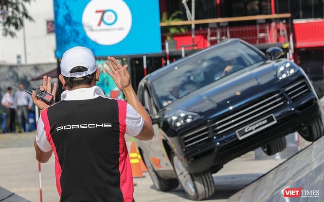 Porsche Cayenne thế hệ mới: Không chỉ dành cho phố thị ảnh 11