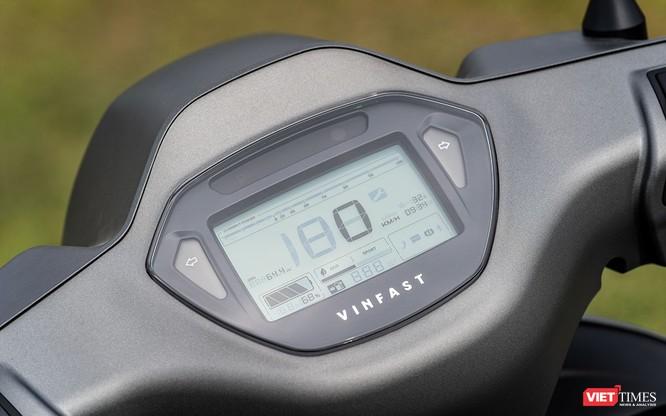 VinFast Klara: Sự lựa chọn của tương lai, còn giờ thì chưa hẳn! ảnh 7