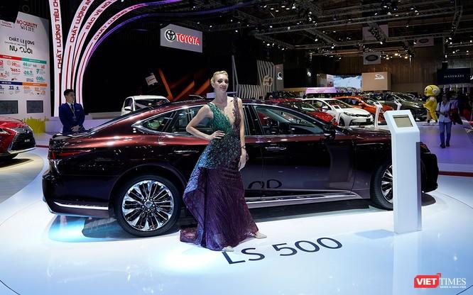 Bộ đôi Lexus LS 500 và LS 500h vừa ra mắt tại Việt Nam có gì đáng chú ý? ảnh 1