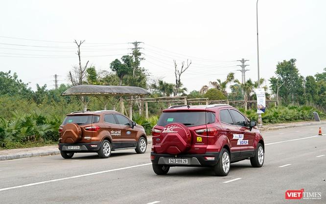 """Khi """"chuyên gia đường phố"""" Ford EcoSport thách thức cả địa hình offroad ảnh 9"""