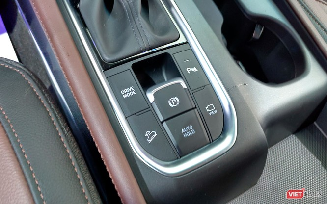 Yết giá 995 triệu đồng, Hyundai Santa Fe 2019 tiêu chuẩn được trang bị những gì? ảnh 20