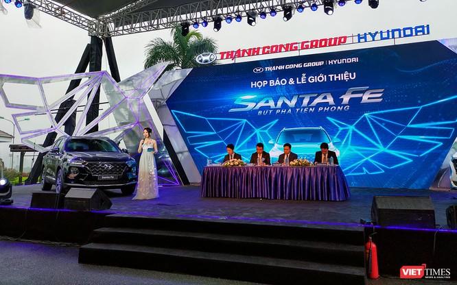 Yết giá 995 triệu đồng, Hyundai Santa Fe 2019 tiêu chuẩn được trang bị những gì? ảnh 25