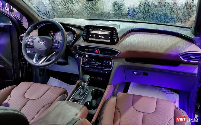 Yết giá 995 triệu đồng, Hyundai Santa Fe 2019 tiêu chuẩn được trang bị những gì? ảnh 15