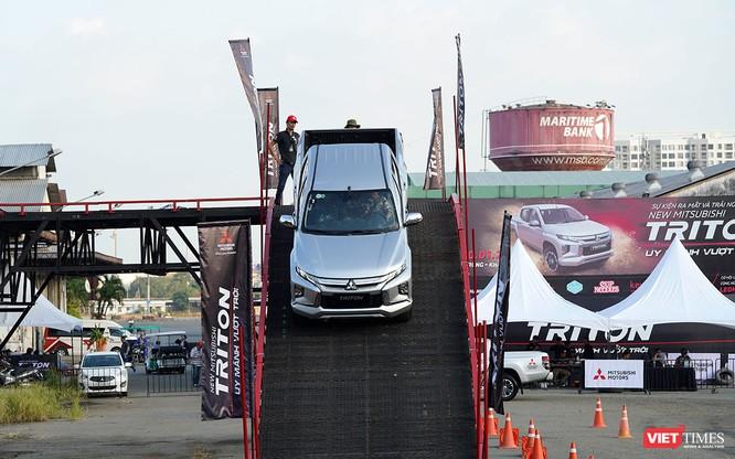 Những trang bị trên Mitsubishi Triton 2019 có xứng tầm với giá bán 818,5 triệu đồng? ảnh 8